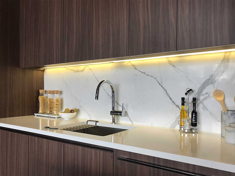 Backlit kitchen counter with Silestone counter