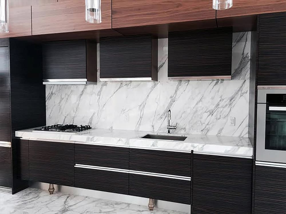 Kitchen tile and cabinetry